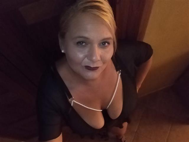 Mariella1254